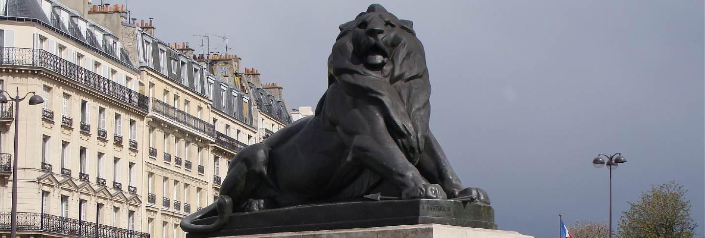 City france statue monument paris