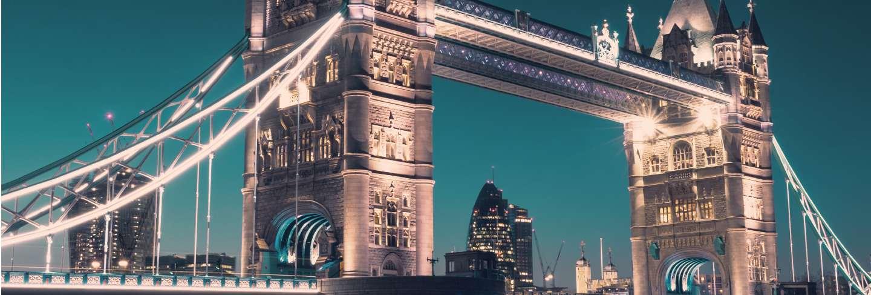 Tower bridge in london, toned image