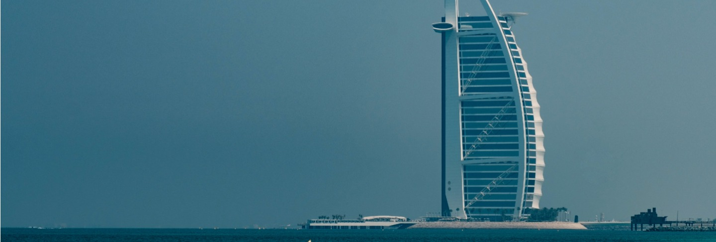 The most luxurious hotel in the world burj al arab on the jumeirah beach