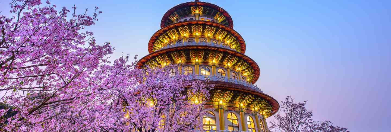 Tianyuan temple nighttime